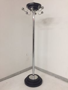 Unknown designer - Chromed iron and wood coat stand