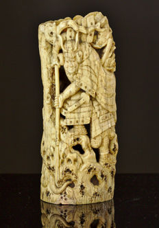 Old ivory openworked vase depicting warrior & snake - Japan - late 18th/early 19th centruy