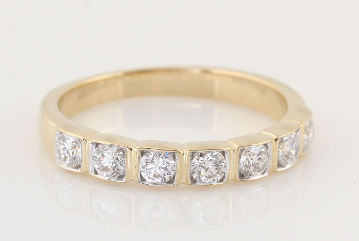 "14 kt gold diamond ring, 0.52 ct/7 round brilliants/GH-VS1-SI1/3.00 g/size 54/""new"""