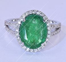 5.63 Ct Emeralds and Diamonds ring NO reserve price!