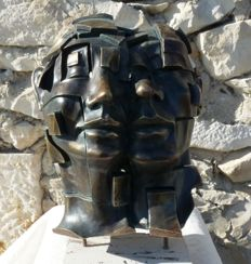 "Andrés Gomez. - ""Facial"" - Sculpture in  Bronze on Resin - Certificate of Authenticity signed by the artist ( 4 kg / 39 cm )"