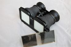 Stereo viewer shaped like a pair of binoculars