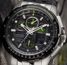 Citizen Eco Drive SkyHawk Radio-controlled - Perpetual Calendar - Chrono - Alarm - World Time - New men's Atomic watch