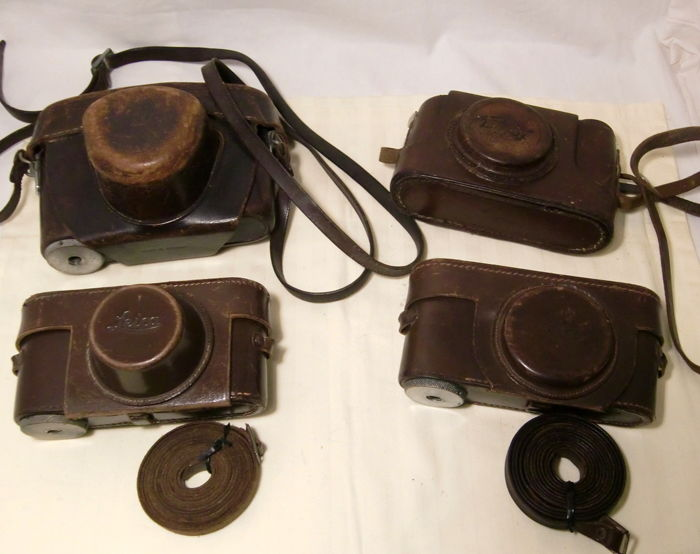 4 Leitz Wetzlar camera bags / carrying bags
