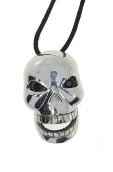Jenni Jewels Fashion Chic - silver skull pendant  - eyes set with black diamonds for 0.08 ct VS SI -  16.45 g - Resizing: Yes