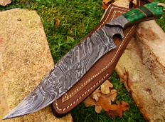 Damascus Steel Hunting Dagger - Hunting Knife - Handmade - 31 CM Long - 374 Damas Layers- Leather Sheath