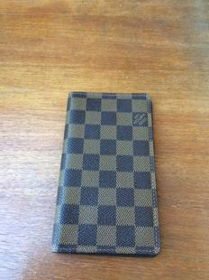 Louis Vuitton - Pocket agenda cover in monogram canvas