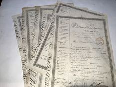 7 passports inside. Valid a year or 20 days under the reign of Louis Philippe 1 - 1836 / 1841