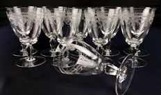 Lot of 10 pieces made of cut and chiselled crystal with engravings - United Kingdom - c. 1920
