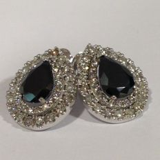 18k black and 2,27ct white diamond earrings