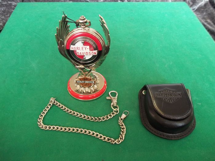 Franklin Mint - Harley Davidson® Sportster pocket watch with Eagle Display , chain and belt pouch - In a very good and working condition