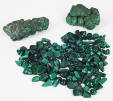 Malachite - 2 kidneys and one lot of polished stones