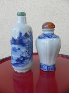 Lot of blue-white porcelain snuff boxes - China - Beginning of 20th century