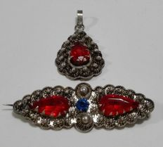 Silver Zeeland button brooch and pendant set with ruby - the Netherlands
