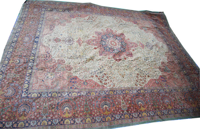 Antique Hereke, Turkey, 465 x 395 cm