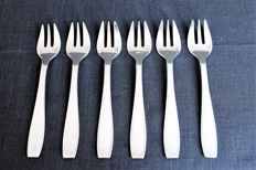 """6 silver-plated oyster forks - Alfenide, Christofle - model """"Saigon"""" - beginning of the 20th century"""