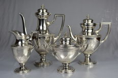 Silver plated tea and coffee serving set, United Kingdom, 20th century
