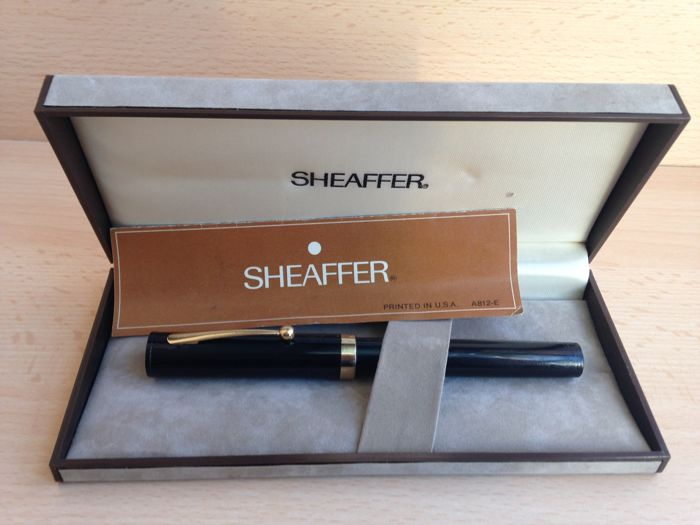 SHEAFFER fountain pen with converter refill - rare - collector's item