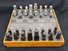 2 stone chess sets and boards,1x slate stone 1x marbel.