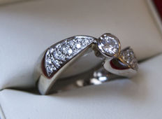 Recarlo ring in 18 kt white gold with natural diamonds - main stone: 0.20 ct - accent stones: 0.42 ct - total: 0.62 ct
