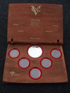 "The Netherlands – Coin set ""400 years V.O.C."" made of ship's timber"