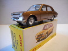 Dinky Toys-ES - Scale 1/43 - Peugeot 504 No.1452