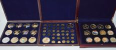 World - Lot of coins and medals from various years and countries (60 pieces) in canteens
