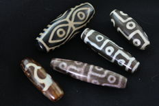 5  Dzi Agate  beads - Tibet -  late 20th century