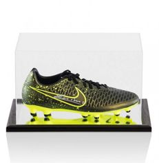 Andres Iniesta - Signed Football Boot in Arcrylic Display Case with Mirror Effect + COA and Photoproof A1.