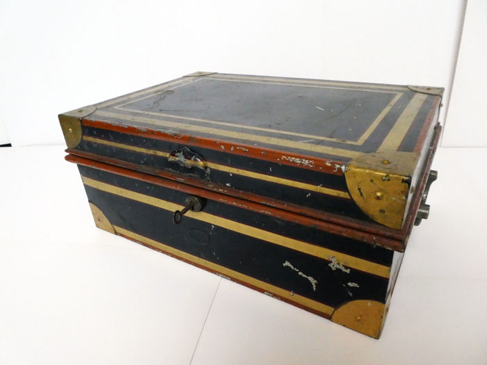 A large Anglo Indian japanned cash or dispatch box by Allibhoy Vallijee & Sons, ca. 1900