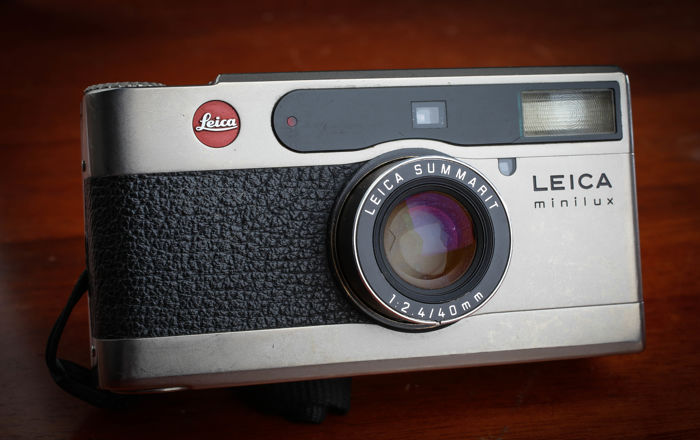 Leica Minilux Summarit f: 2.4 40 mm