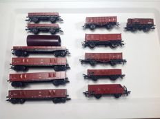 Fleischmann H0 - 12 various open boxcars / flat cars partly with cargo