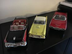Ertl - Scale 1/18 - Lot of 3 American cars: 3 x Ford