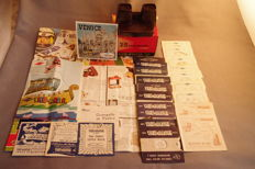 View-Master : Stereo viewer, reels, booklets, documentation, catalogues, packet