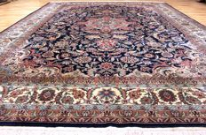 China Isfahan, 355 x 255 cm - TOP CONDITION