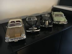 Anson / Ertl / Road Signature - Scale 1/18 - Lot of 4 American cars: Buick, Plymouth, Auburn & Pontiac