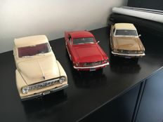 Mira / Road Tough - Scale 1/18 - Lot of 3 American cars: 3 x Ford
