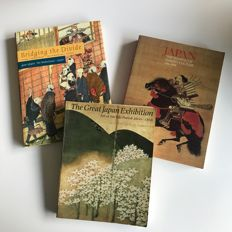Lot with three books on Japan
