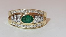 18-kt White- and Yellow-Gold Ring with Emerald and 0.85 of Diamonds - Size: 15