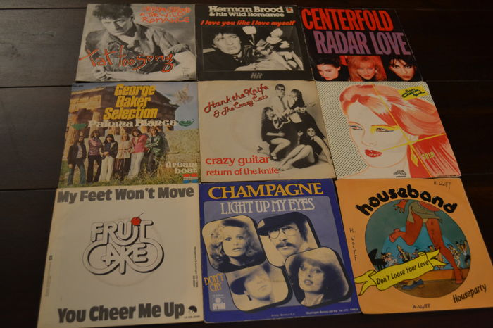 40 Hard to find Dutch nederbeat popsingles, record are in NM quality