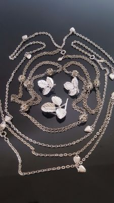 Vintage Signed Sarah Coventry set of 3 Necklaces, Earrings and matching Brooch