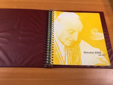 Vatican 1958/1963 - Complete collection of the Pontificate of John XXIII, in block of four - in Bolaffi GBE album with case