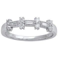 18Kt. White  gold eternity diamond ring set with BAGUETTE CUT/ROUND BRILLIANT diamonds  0.26 ct. ,GH colour and VS1 clarity , Size 54/N