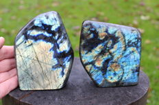 Polished Labradorite free-forms - 12 x 9cm and 11 x 10cm - 1908 g  (2)