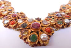 Navaratna marriaget Necklace - Gold 20kt ( 833%) and gems - Nepal - half of 20th century