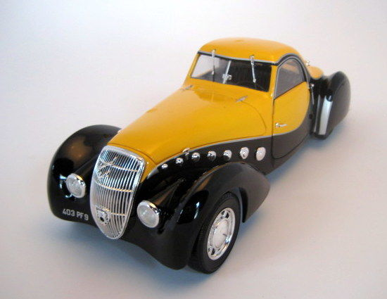 Norev - Schaal 1/18 - Peugeot 302 Darl'Mat Coupe 1937 Black & Yellow
