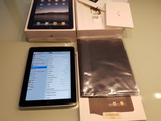 In almost mint condition. Apple Ipad 1e generation 64GB Wifi and 3G complete in original box