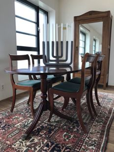 Antique oval dining table with burr table top and four matching chairs