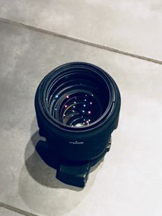 Sigma 70/200 mm f/2.8 EX DG HSM for Nikon system  Lens is very clear