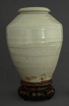 Large baluster pot with beautiful glazing - China - 17th century